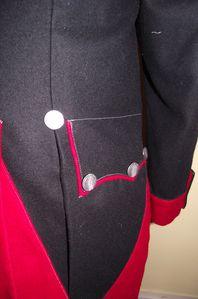 detail-poche-1er-cuirassiers.JPG