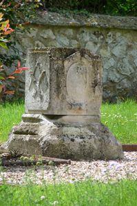 Stèle Les Damps (face et Est)