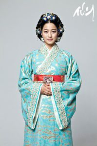 PARK-SE-YOUNG-as-Mongol-Princess-Noguk.jpg