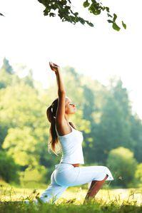 Fotolia_52180725_M-yoga-fleche.jpg