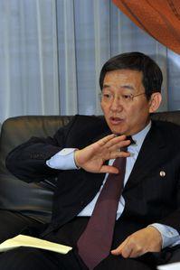 YunYongIl_03042013_3.jpg