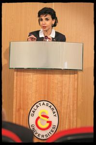 Universite-Galatasaray-rachida-dati-copie-1.jpg