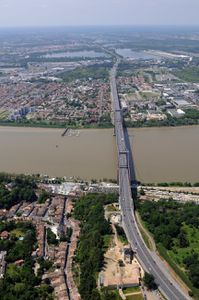 Perspective-he-lico-Pont-dAquitaine-vers-Bordeaux.jpg