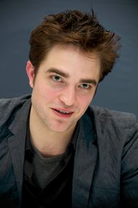 WFE - Robert Pattinson Press Conference 2