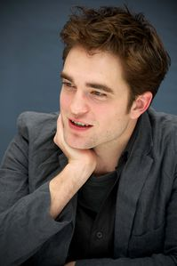 WFE - Robert Pattinson Press Conference 4