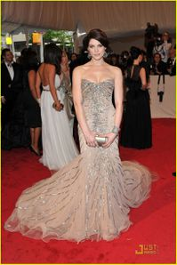 Ashley Greene - Met Gala 2