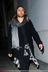 Jared Leto @ Out in Los Angeles – 27 Février 2014 [candids]  0002