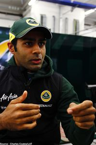 Team Lotus - Karun Chandhok-copie-1