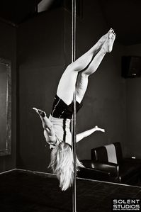pole_dance_fitness_015.jpg
