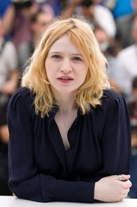 Christa-Theret-no-make-up-a-Cannes_portrait_w858.jpg