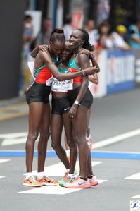 maratona-femminnile-Daegu.-il-podio.jpg