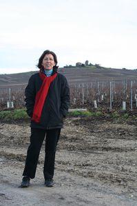 Catherine dans les vignes
