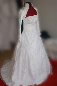 robe-blanche-hijab-asma-2-copie-1.jpg