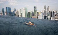 skypark-piscine-singapour.jpg