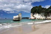 NZ-Coromandel---Cathedral-Coves--17-.JPG