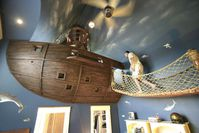 chambre-Pirate-ship-bedroom.jpg