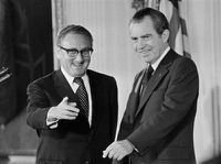 kissinger-nixon1.jpg
