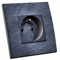 prise-electrique decoree-ardoise-pierre