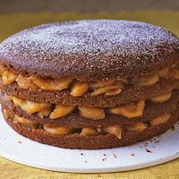 tennessee-appalachian-stack-cake-recipe-del0612-mdn.jpg