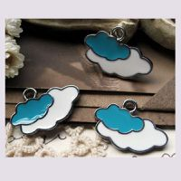 charms-nuages-emailles.jpg