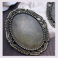 support-cabochon-stylise-2.jpg