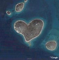 ile-en-forme-de-coeur-google-earth.jpg