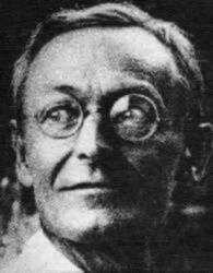 Hermann_Hesse_1925_Photo_Gret_Widmann.jpeg