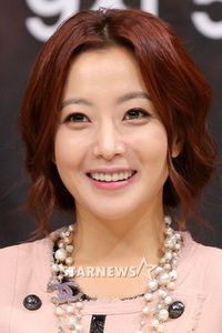 a-photo-of-kim-hee-sun.jpg