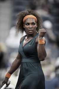 tenue-serena-williams-rg2013