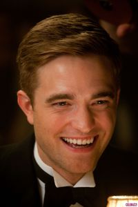 WFE - Stills with Robert Pattinson 2