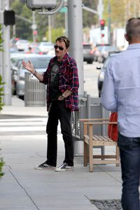 Johnny Hallyday et Laeticia Shopping à Beverly Hills n9