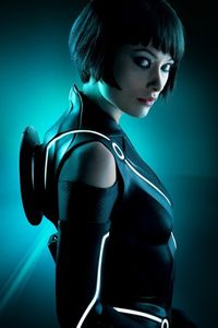 Olivia-Wilde-Tron-Legacy-320x480