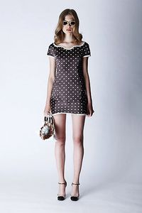 marc-jacobs-2011-mini-robe-pois