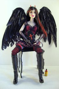 2010 Simi Dark-Hunter Doll No-03-01535-002-1