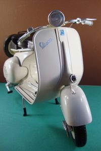 06 2009 Vespa 150 reproduction de 1955-2