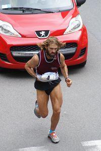 100 km delle Alpi 2013 (5^ ed.). La vittoria al pavese Valerio Conori, in una gara resa più dalle condizioni meteo