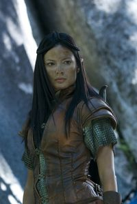 Natassia-Malthe-in-Knights-of-Bloodsteel-2
