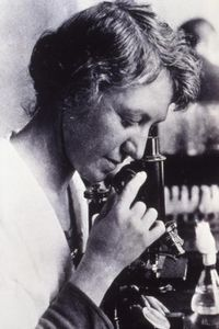 Bacteriologist Dr. Ida Albertina Bengtson was one of the fi