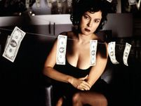 20779969_images1540852_20_Jennifer-Tilly-Bound_l.jpg