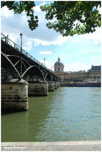 Paris Pont des arts 01