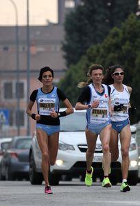 Giulietta and Romeo Half Marathon 2014 (7^ ed.). Ottimi piazzamenti dei Siciliani nel Campionato italiano FIDAL di maratonina. Anna Incerti vice-campionessa italiana di Mezza