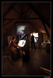 Le peintre Norman CLABRESE et Sylvie POMMEROLLE au piano