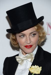 20130619-pictures-madonna-mdna-tour-premiere-screening-hq-2.jpg