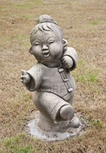 13315865-statue-of-chinese-boy-are-practicing-tai-chi-chuan.jpg