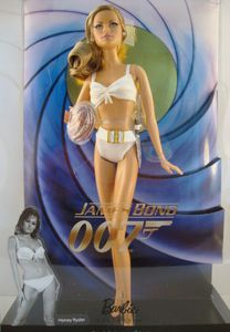 2010 Dr. No Loves Bond Collection (en boite) No-R4464-1