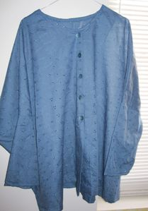 broderie anglaise bleue 1