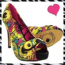 neon_shoes2-copie-1.jpg