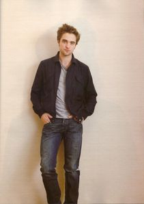 Flix_-May-_Robert_Pattinson_4.jpg