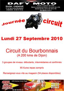 roulage du moto club yzeure sur le circuit du bourbonnais 21 juin 2015. Black Bedroom Furniture Sets. Home Design Ideas