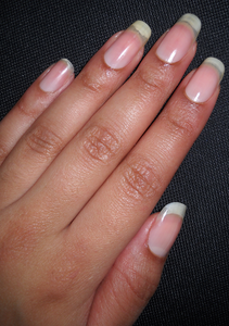 coupe-ongle-mi-janvier-9mm-5-Alvina-Nail.png